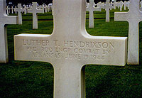 Gravestone of Luther T. Hendrixson