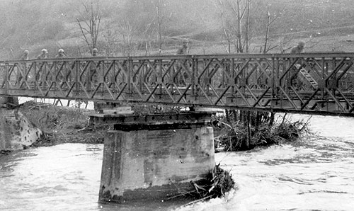 Removal of a Bailey Bridge